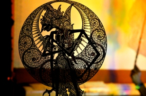 javanese_shadow_puppet_by_bookgeeky-d4wqr48